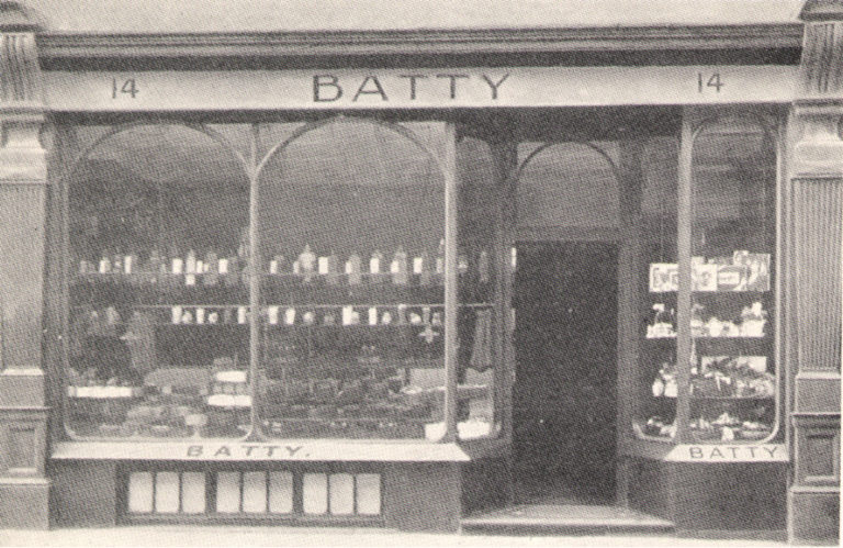 Battys Shop MM5 P18 1