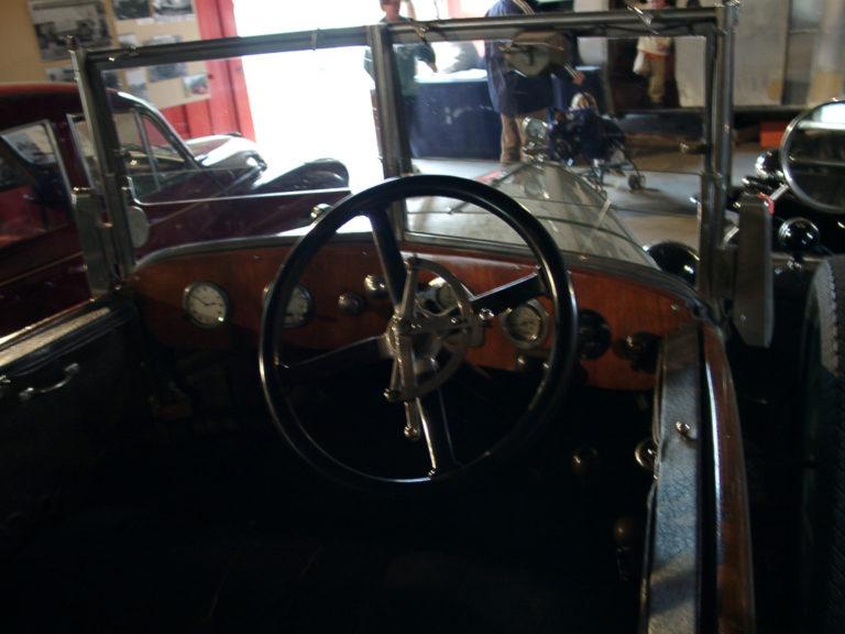 Car Humber Inside Frnt