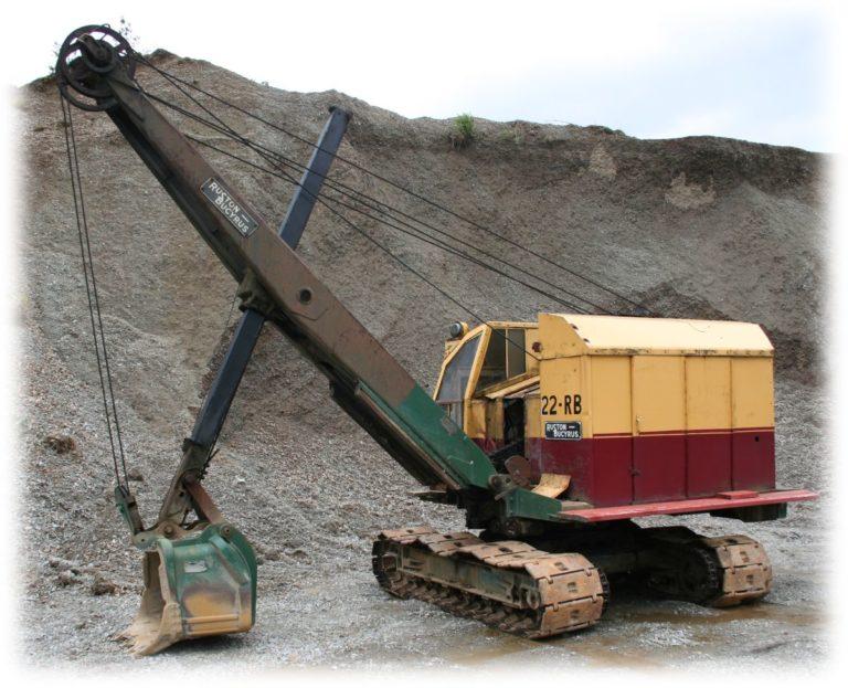 Excavator RB22 at stockpile 2 Threlkeld Quarry