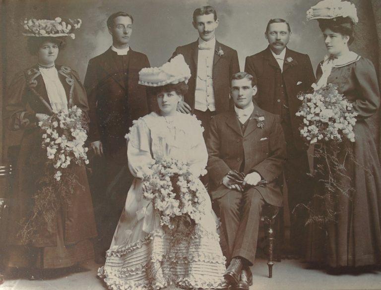 Family 1900 Formal
