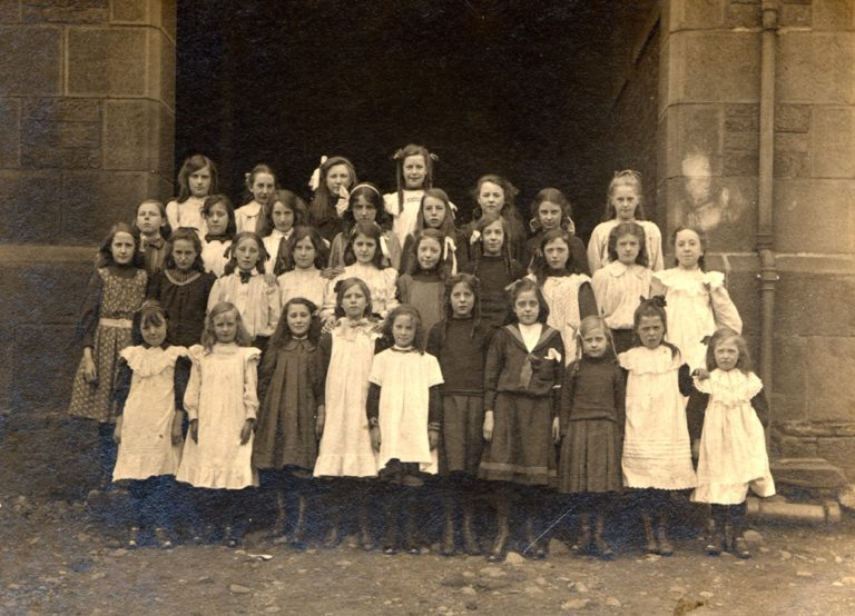 Fawcett School Group Of Pupils 1913