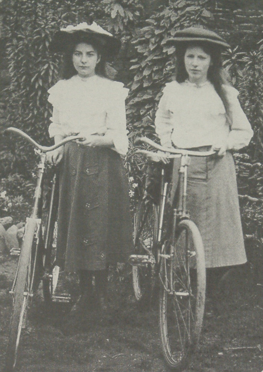 Girls With Bikes 1907