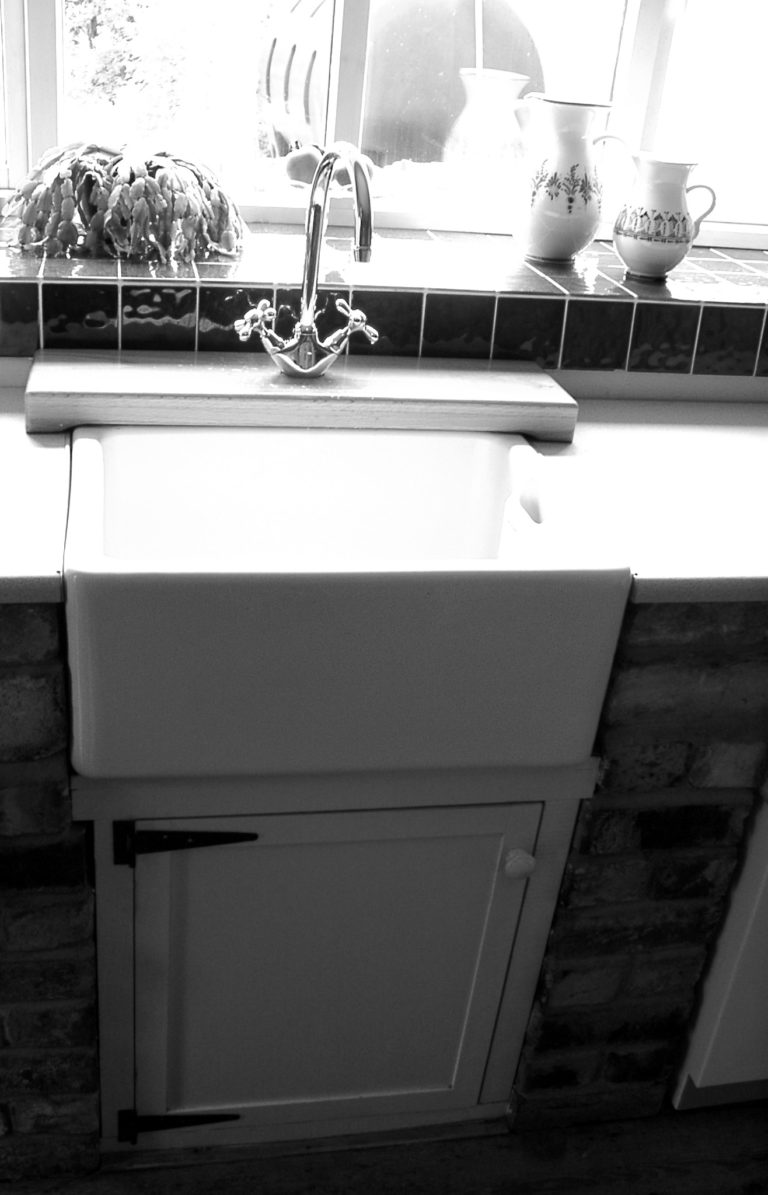 Kitchen Sink Bw