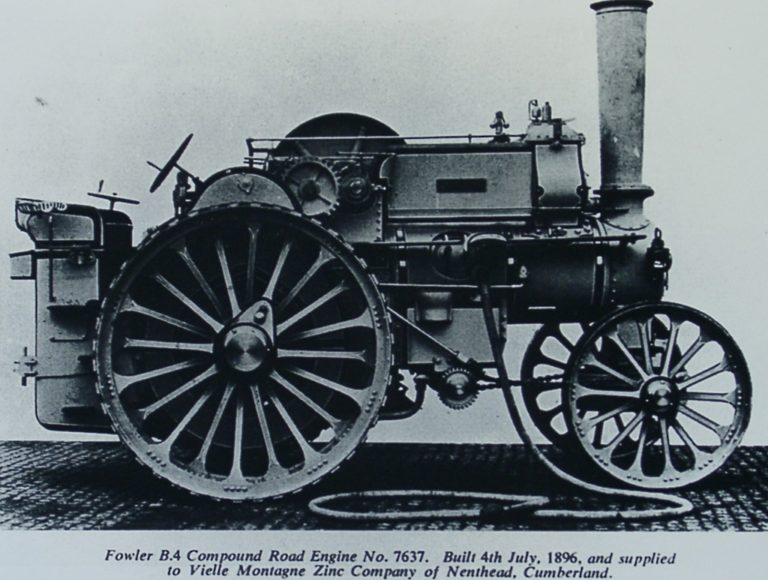 Machinery Compound Road Engine