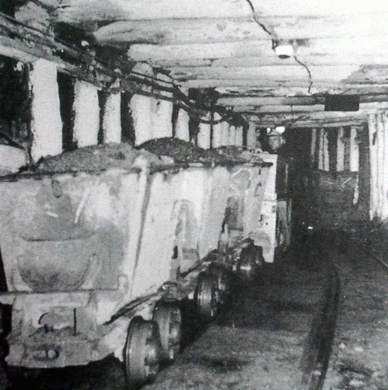 Mining Mine Wagons 1900s