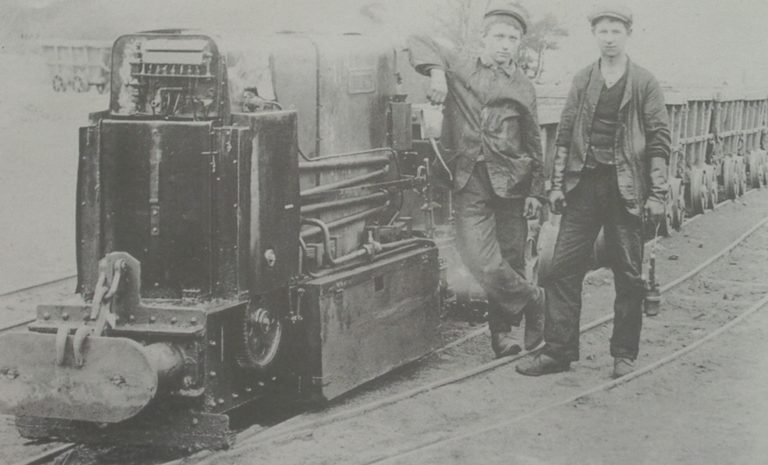 Mining Steam Locomotive With Wagons