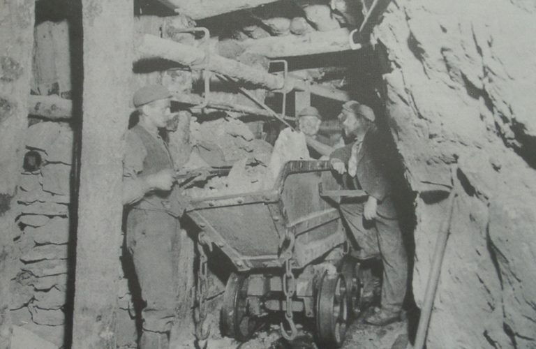 Mining Wagon And Wooden Chute 1900