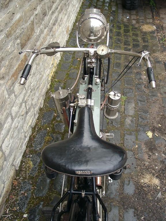 Motorbike 1912 Top