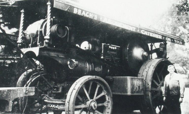 Steam Engine Bw