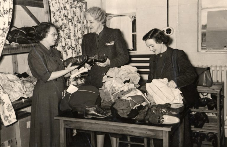 Womens Voluntary Service WVS Sorting Clothes For In Emergency 1939 45